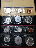 1959 Mint Set includes 10 coins original packaging