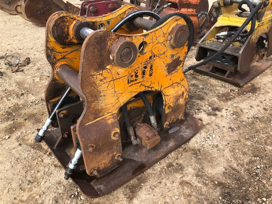 """BTI PLATE COMPACTOR/HOE PACK 34"""" x 46"""" BASE PLATE #1400"""