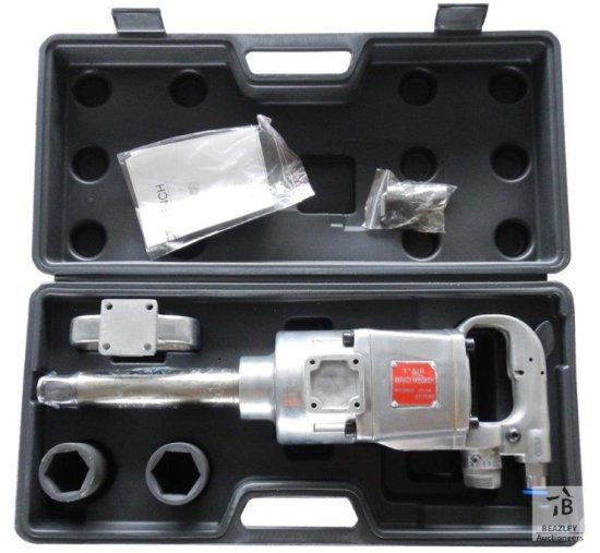 Unused 1in. Dr. Air Impact Wrench Kit [Yard 1: Odessa, TX]
