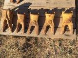 (5) Unused Caterpillar Bucket Teeth, Misc Sizes [Yard 1: Odessa, TX]
