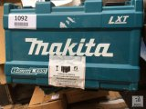 Unused Makita XT248 2pc Combo Kit [Yard 1: Odessa]
