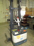 Crown Straddle Stacker