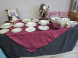 Standard size rectangle table cloth and 8 napkins