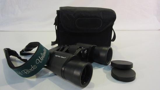Celestron8 x 40 Filed 9 Binoculars with Case