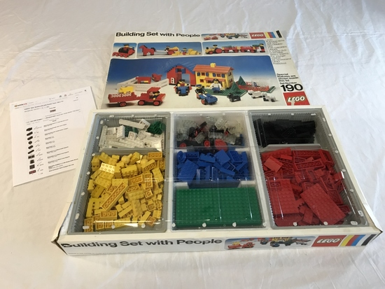 Vintage 1974 Lego 190 Building Set with People