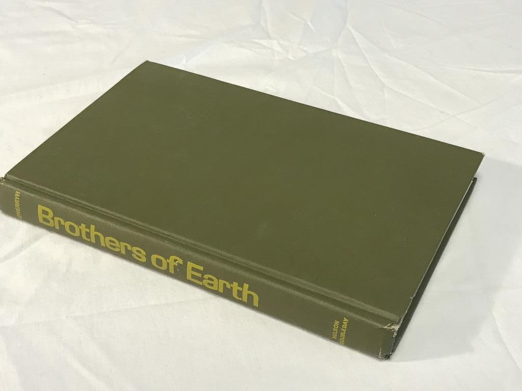 BROTHERS OF EARTH  C. J. Cherryh HC Book 1976