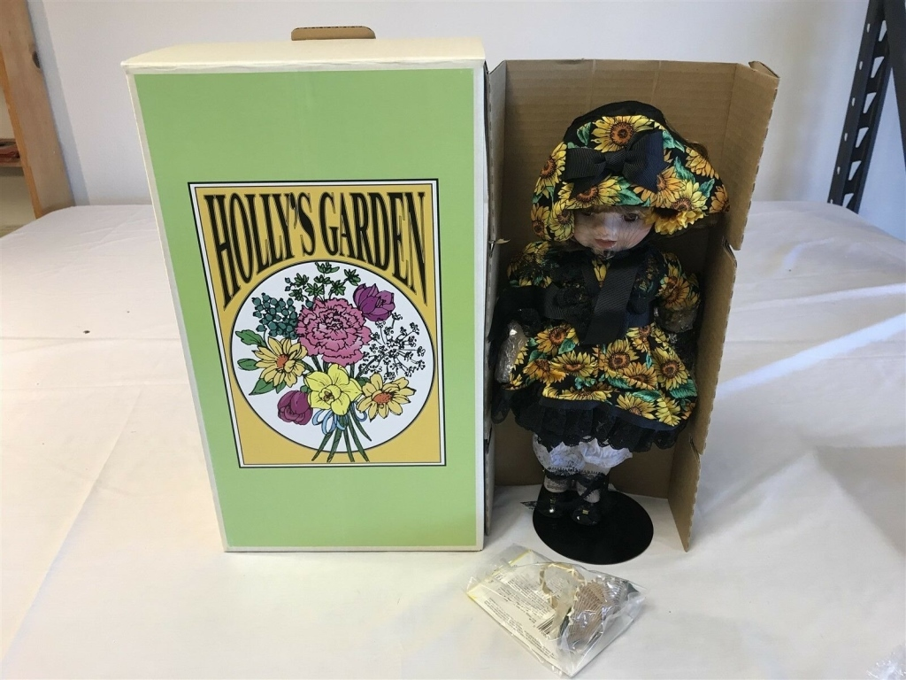 Jexters Timed Collectible Doll Auction - 7/28/19