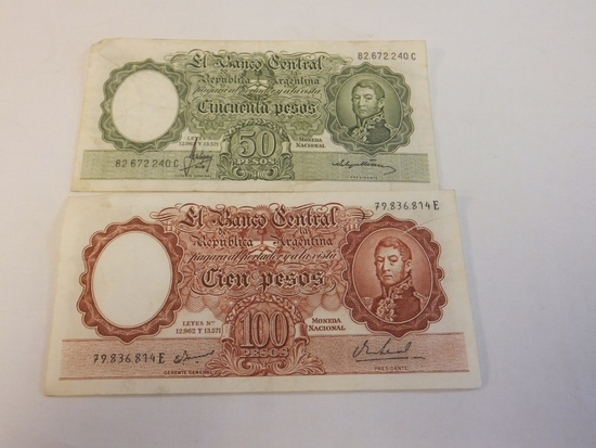 Lot of 2 Argentinean Currency Notes