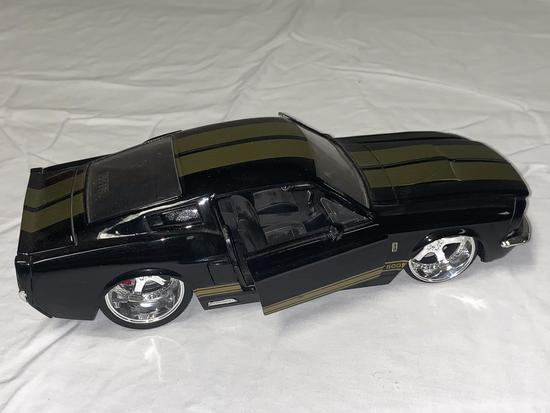 1967 Shelby GT-500 1/24 Diecast by Jade 90341