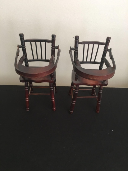 Set of miniature doll high chairs