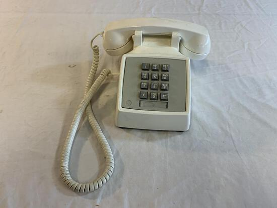 Vintage AT&T Touchtone Push Button Phone Desk Top