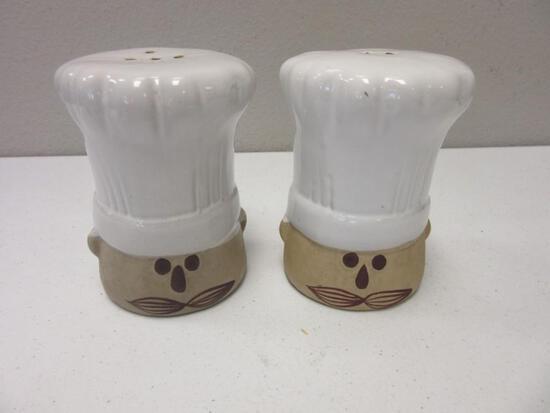 Pair of Chef Head Decorative Ceramic Salt and Pepper Shakers