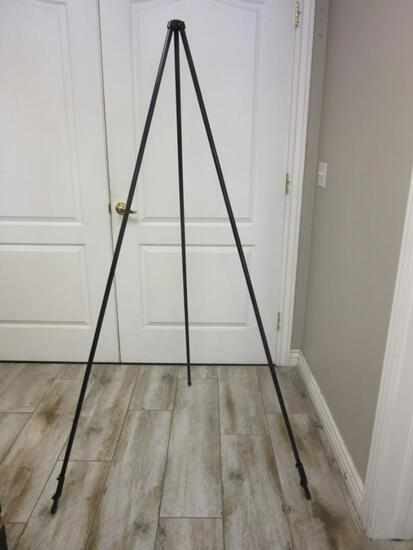 6' Easily Collapsible Easel w/ Box and Manual