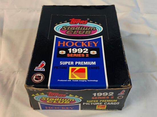 1992-93 Stadium Hockey Series 2 Box (36 Packs)