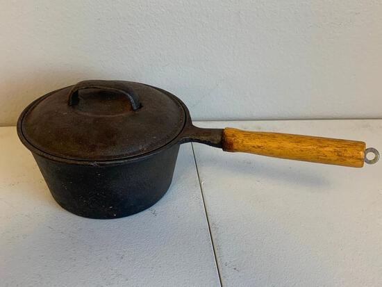 Vintage 2qt Cast Iron Sauce Pan w/ lid wood handle