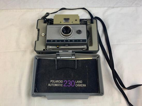 Polaroid 230 Auto Land Camera Instant Film Camera