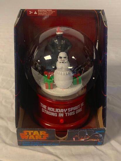 STAR WARS Gemmy Darth Vader Snow Globe NEW