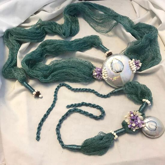 Lot of 2 Green Rope and Net Faux Seashell Necklaces