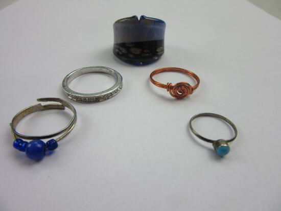 Lot of 5 Costume Jewelry Rings of Various Sizes