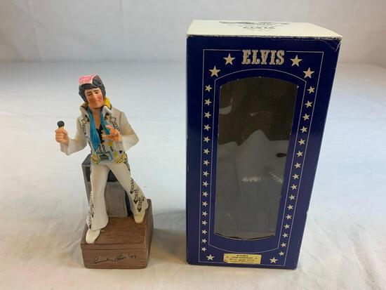 1977 ELVIS PRESLEY Commemorative McCormick Whiskey Decanter Music Box
