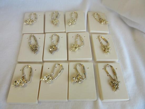 Lot of 12 Identical Gold-Toned Geometric Shape Keychains
