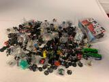 Lot of approx 300 Heroclix Figures