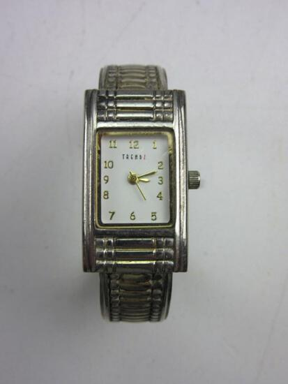 """TRENDZ Water Resistant/Stainless Steel Back Wrist Watch Needs Battery 2.5"""""""