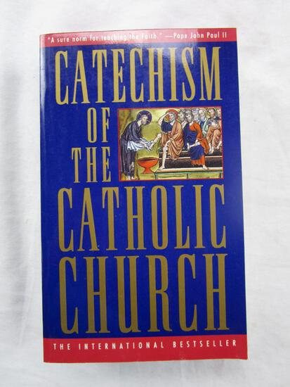 """1994 """"Catechism of the Catholic Church"""" from the U.S. Catholic Conference PAPERBACK"""
