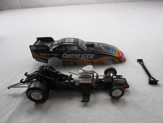 John Force Castrol GTX Elvis Presley Action Racing 1:24 Diecast 1998 Mustang Funny Car