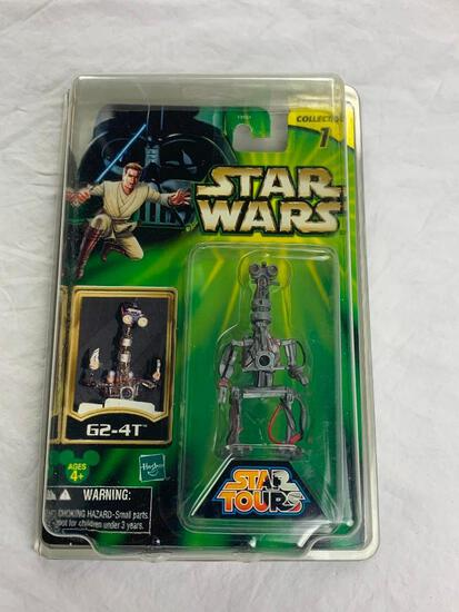 Star Wars G2-4T Droid Action Figure NEW with Case Disney Parks Tours Exclusive
