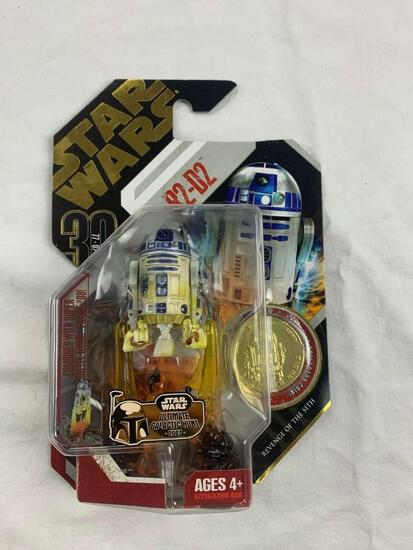 STAR WARS 30th anniversary Collection Saga Legends R2-D2 Action Figure with Gold Coin NEW
