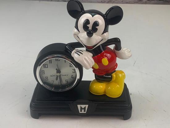 Walt Disney Mickey Mouse Desk Clock