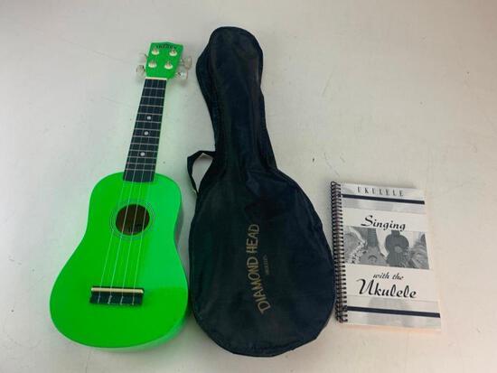 Tanara TU1BG Soprano Series Ukulele Green with Bag and Song Book