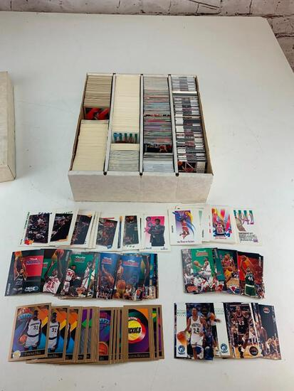 Lot of approx 2500 Basketball Cards 1990's with Stars, Rookies