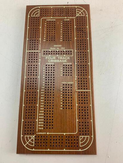 Vintage DRUEKE Four Track Cribbage Board Model 1962 Walnut Made in USA with pegs