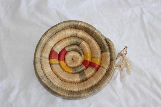 "Small Navaho Basket Type 51/2"""