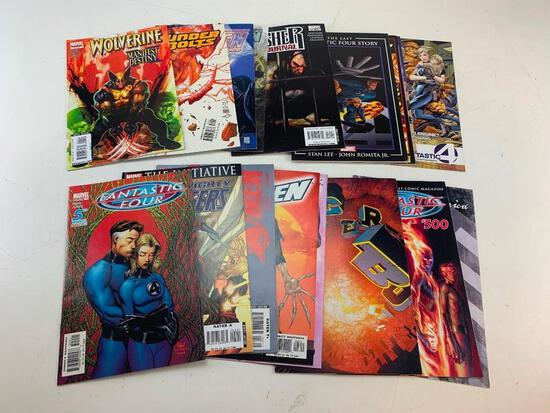 Lot of 18 MARVEL Comic Books-Avengers, Fantastic Four, Punisher, X-Men and others