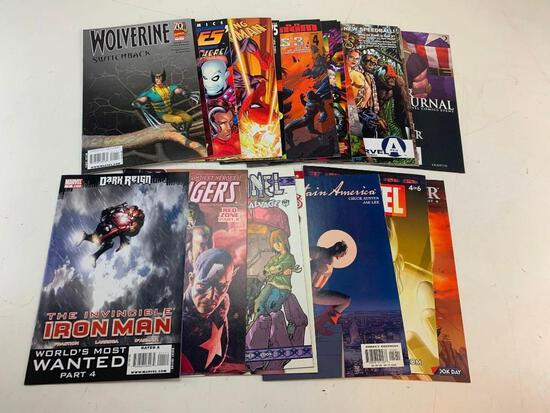 Lot of 18 MARVEL Comic Books-Punisher, Avengers, Spider-Man, X-Men and others