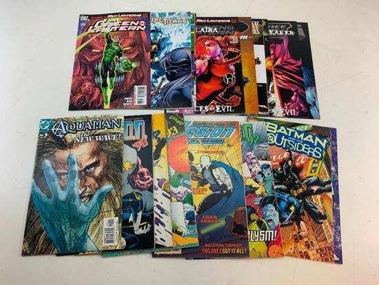 Lot of 18 DC Comic Books-Legion, Batman, Green Lantern, JLA and others