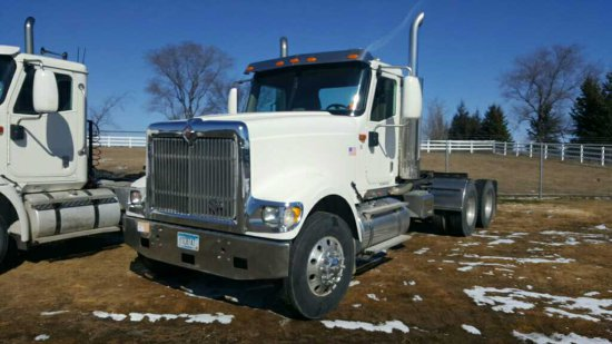 '06 International Eagle TA Day Cab Tractor Truck