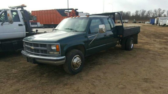 '94 Chevrolet 3500 SA Dually Flatbed Truck