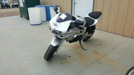 '02 Suzuki Motorcycle *SNT*