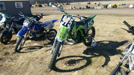 '99 Kawasaki Dirt Bike