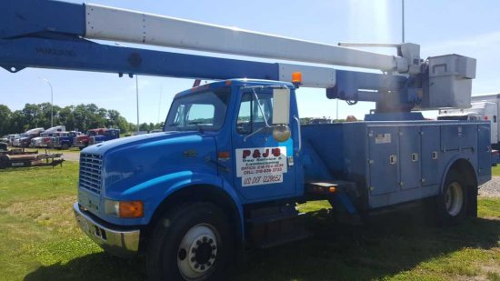 '99 International 4700 Bucket Truck