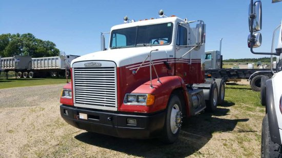 '95 Freightliner Day Cab Tractor Truck
