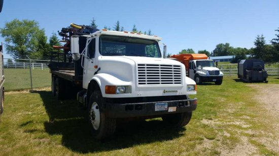 '92 International 4900 Log Truck
