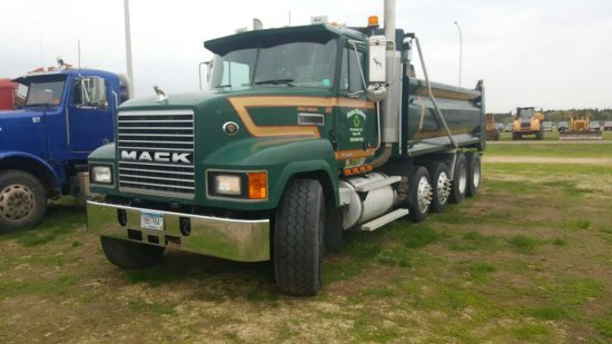 '99 Mack CH613 Quad Axle Dump Truck