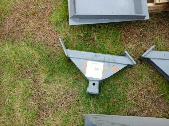 Single Arm Receiver Hitch *UNUSED*