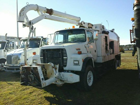 '91 Ford L8000 TA Vac Truck * Sells w/No Title*