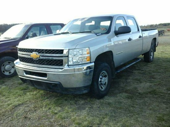 '08 Chevy 3500 HD Quad Cab 4x4